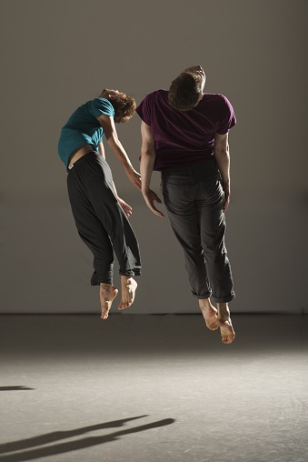 page_10_Irish_Modern_Dance_Theatre_option_3_photo_credit_Chris_Nash_resize_10.jpg